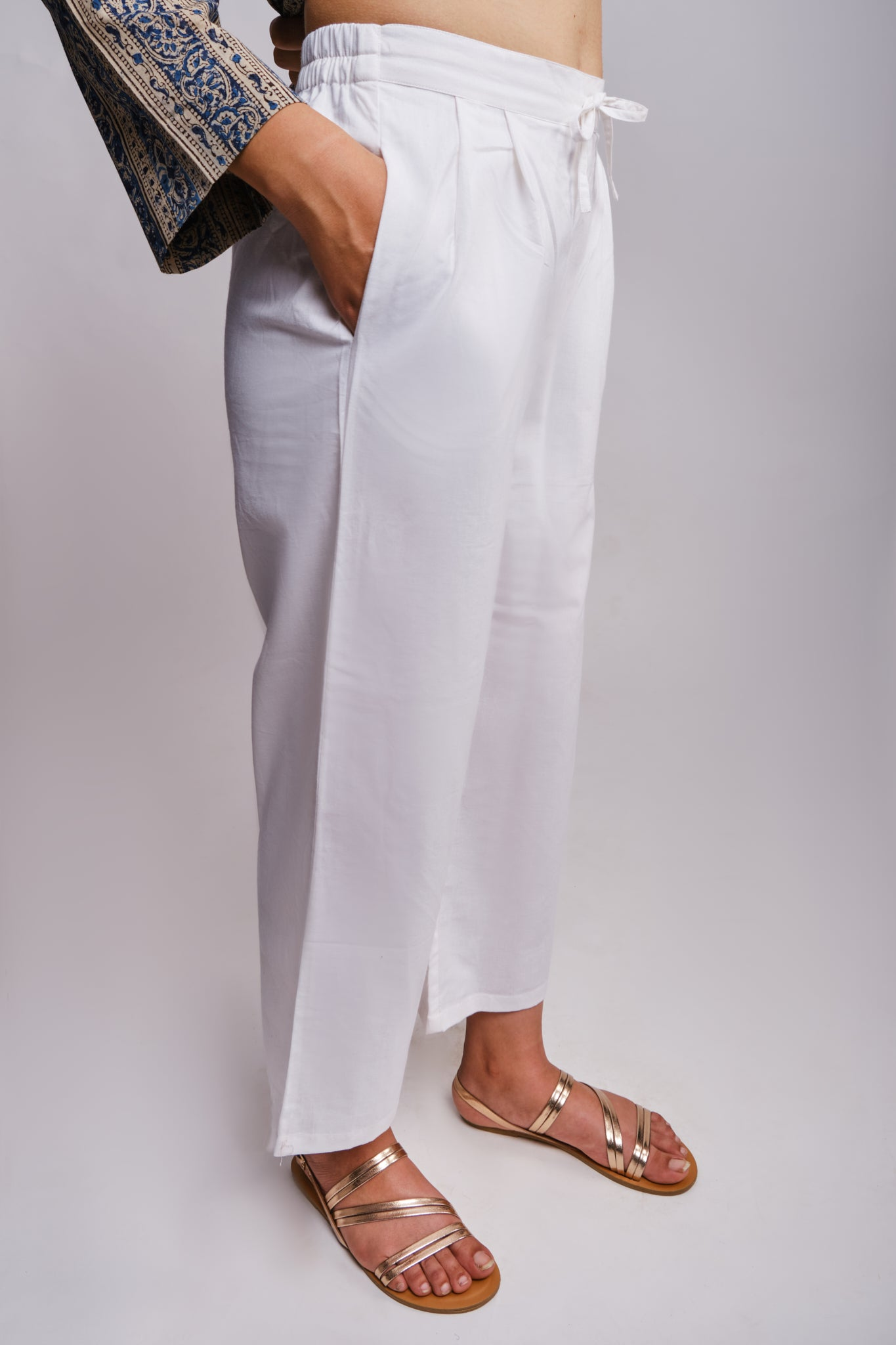 comfortable white cotton straight fit pants with pockets