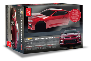 AMT 1020M 1/25 2016 Chevy Camaro SS (Pre-painted)
