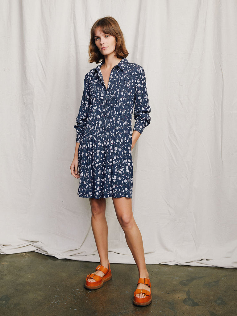 Matilda Shirt dress Marine Magnolia print on model