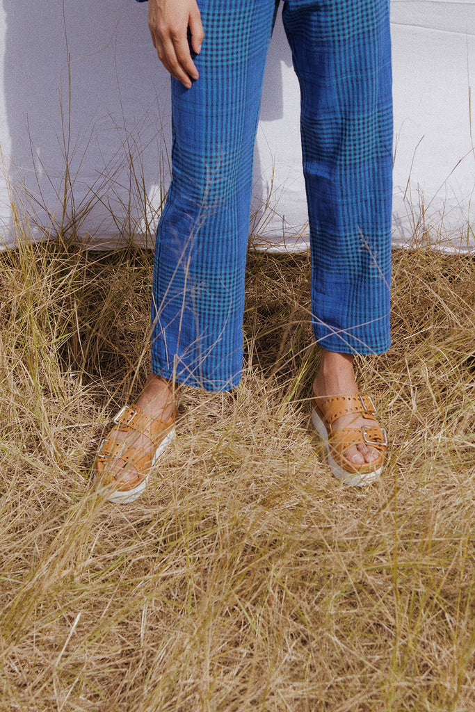 The Banjo Plaid pants by RYDER in linen
