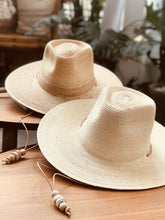Load image into Gallery viewer, West Perro Desert Hat