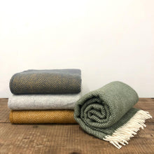 Load image into Gallery viewer, Pure New Wool Throw -  Navy & Mustard
