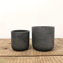 Load image into Gallery viewer, Dark Grey Concrete Pot