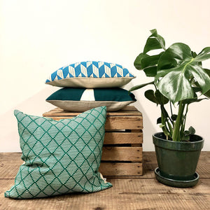 Hand Woven Dumbara Cushion - Green Zig ZagPattern