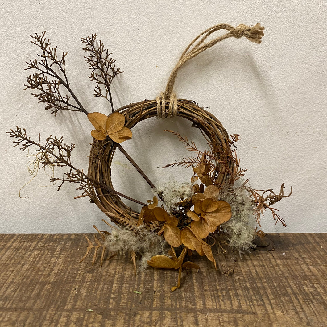 Small Everlasting Wreath