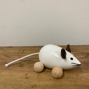 Wooden Mouse on Wheels
