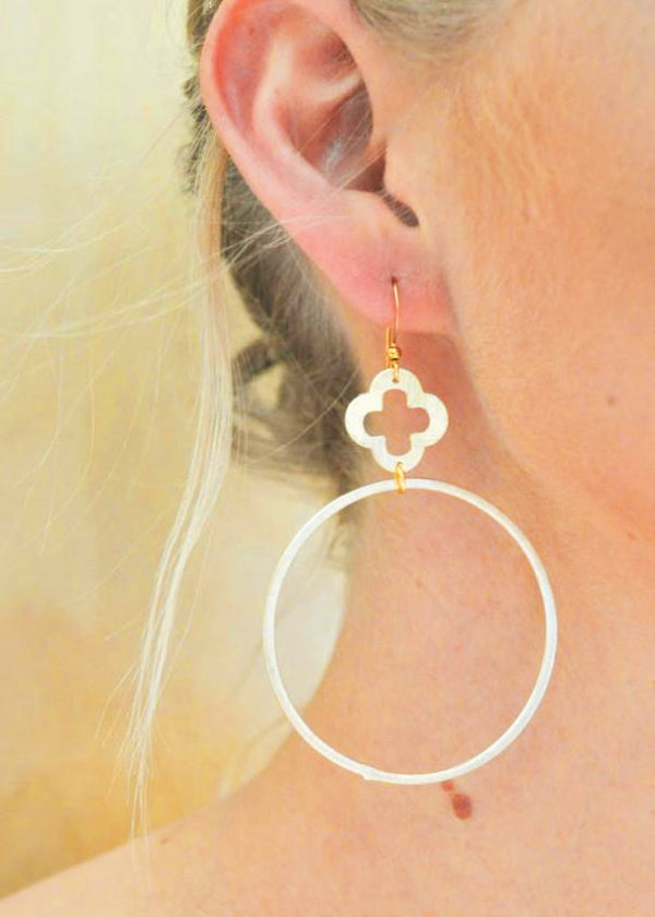 Quatrefoil on Gold Ring Earring