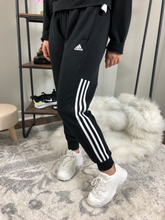 Load image into Gallery viewer, Adidas Athletic Pants Size Small
