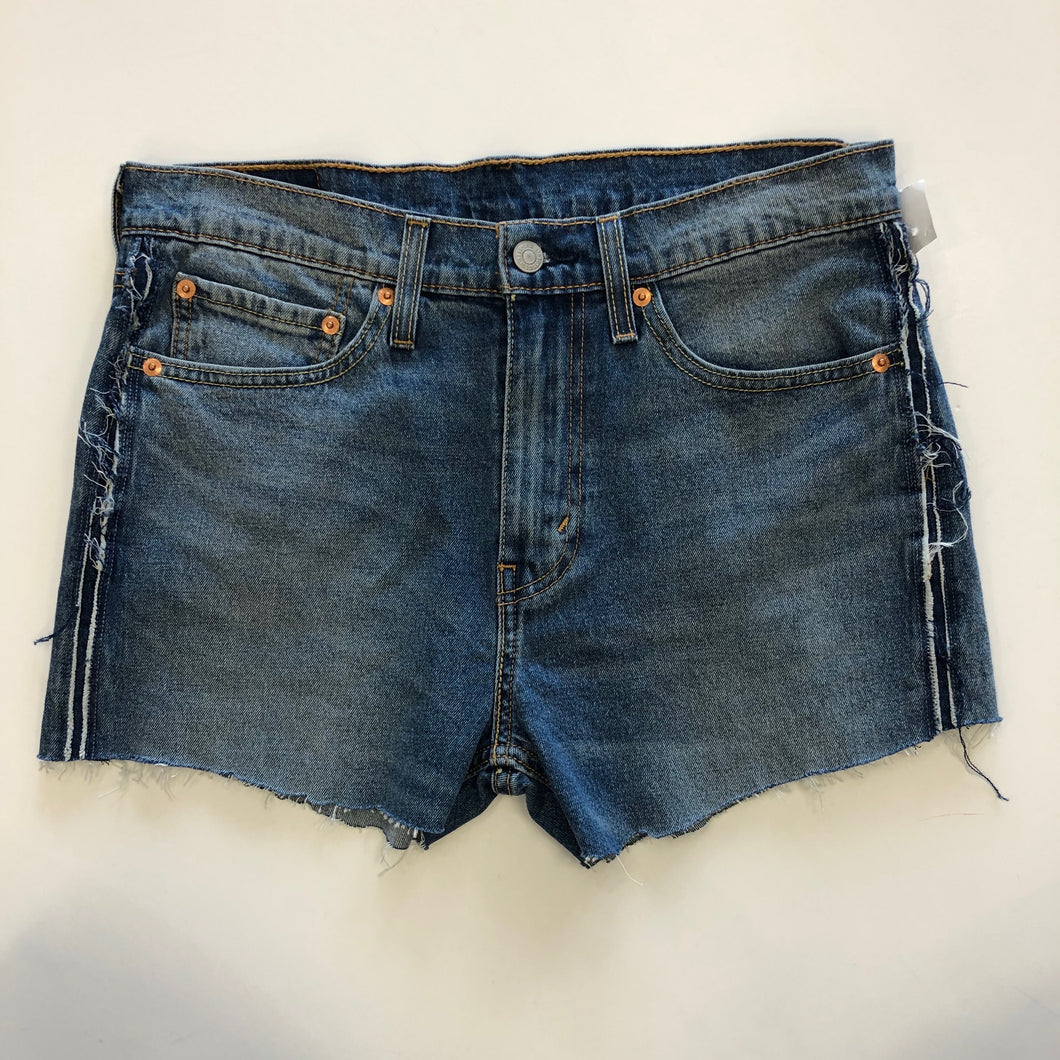 Levi cut off shorts 11/12