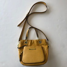 Load image into Gallery viewer, Steve Madden large Crossbody