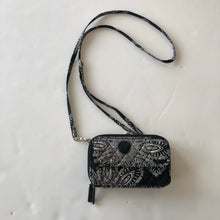 Load image into Gallery viewer, Vera Bradley Crossbody