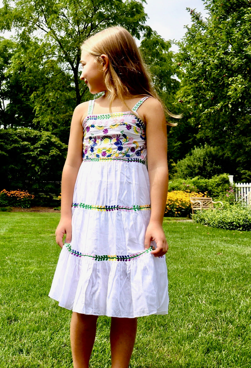 Annabelle Dress / White Embroidery
