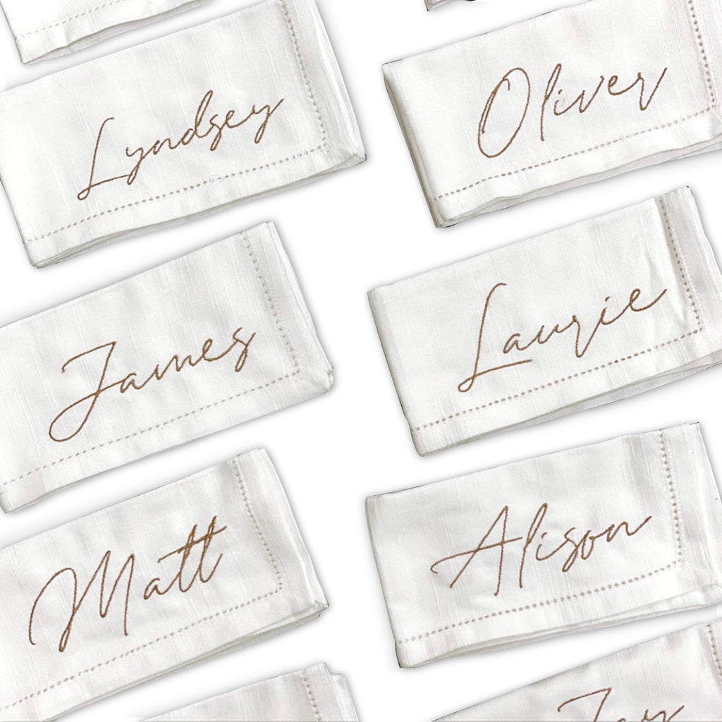 Personalized White Linen Napkins - Set of 12 - Give Wink