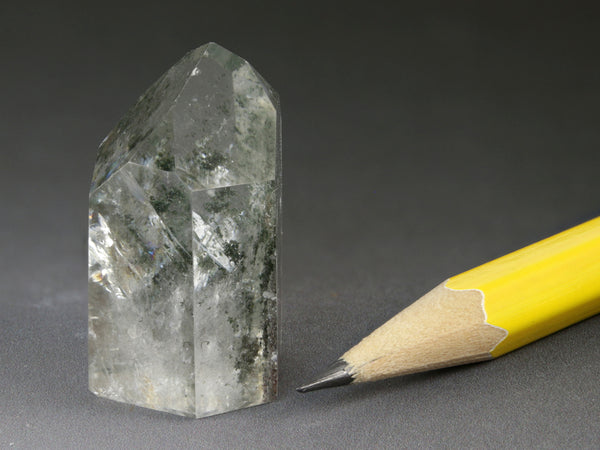 Chlorite inclusions in quartz, rock crystal point