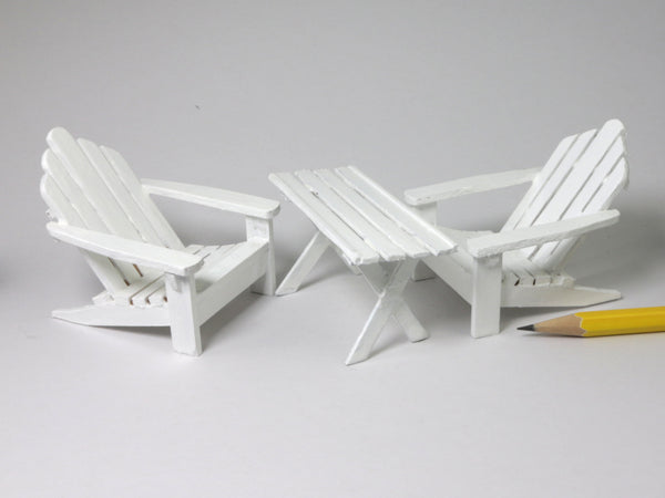 1:24 Adirondack chairs and table.
