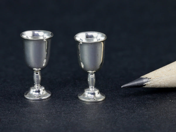 Acquisto silver tulip shaped water goblets, 1:12 dollhouse