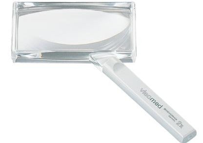 Rectangular magnifier with clear handle, product name and magnification on handle