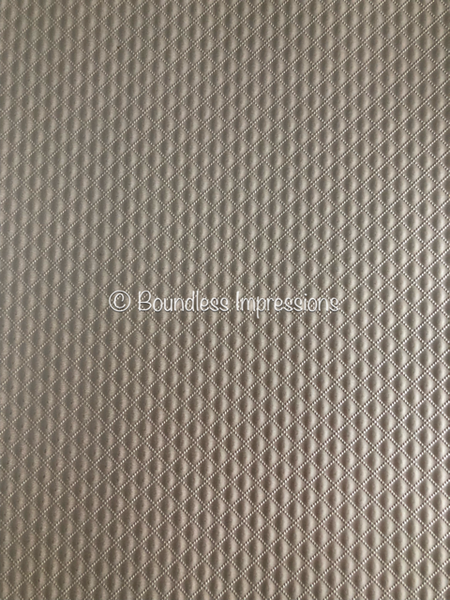 Embossed Diamond Quilt Paper - Offwhite (Quartz)
