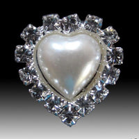 Heart Shaped Pearl/Diamante Cluster Embellishments (Pkt 10)