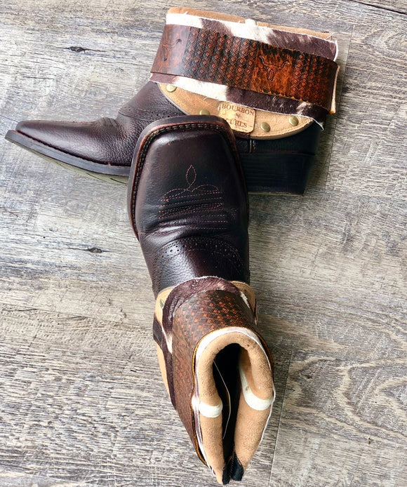 8 Ariat Square Toe