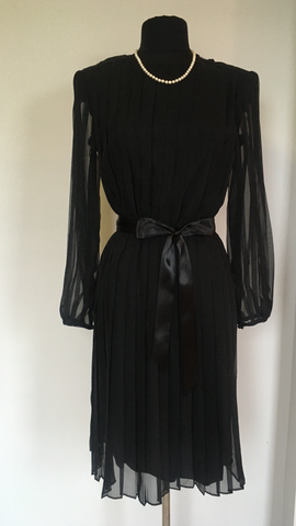 Exquisite Vintage 1980's R.E.O pleated Black Dress