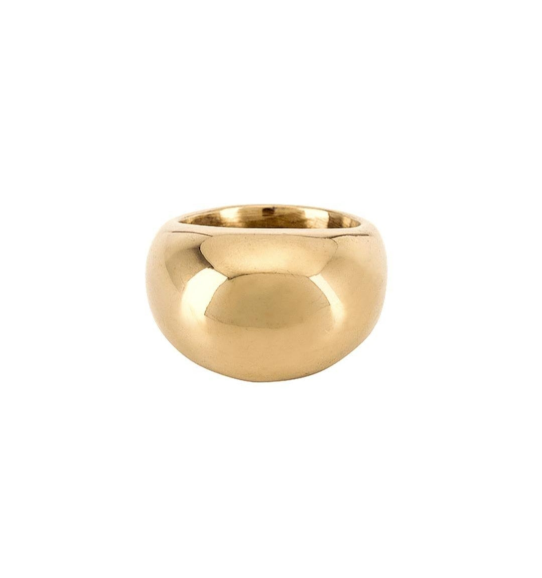 Big Personnality Statement Ring