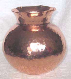Copper Vase ( special price - x 1 remaining)*