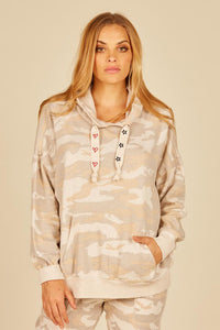 SOFT CAMO HOODIE WITH STAR/HEART DRAWSTRING