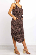 Load image into Gallery viewer, Black Stylish Leopard Printed Midi Dress