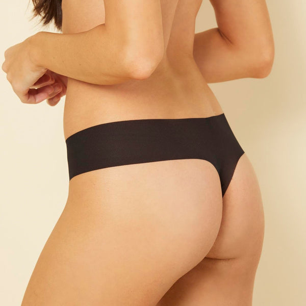 Aire Low Rise Thong - Black