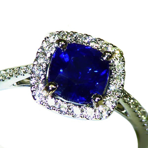Beautiful natural blue Sapphire and diamond engagement ring