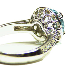 Load image into Gallery viewer, Platinum and diamond ring set with natural Aquamarine