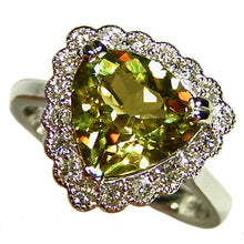 Load image into Gallery viewer, Natural color change Zultanite gold ring with diamond halo