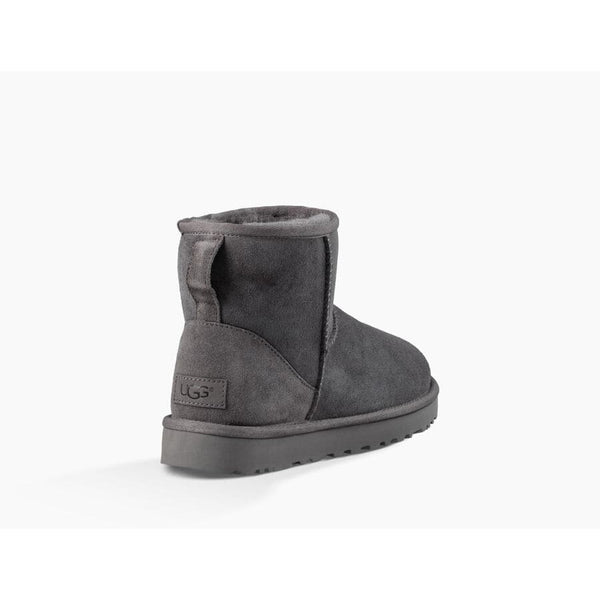 Ugg - Skor - W Classic Mini || (GREY) - Thernlunds