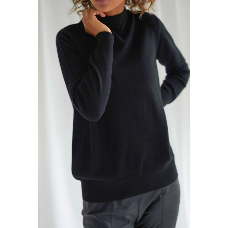 Davida - Tröja - Funnel Neck Sweater - Thernlunds