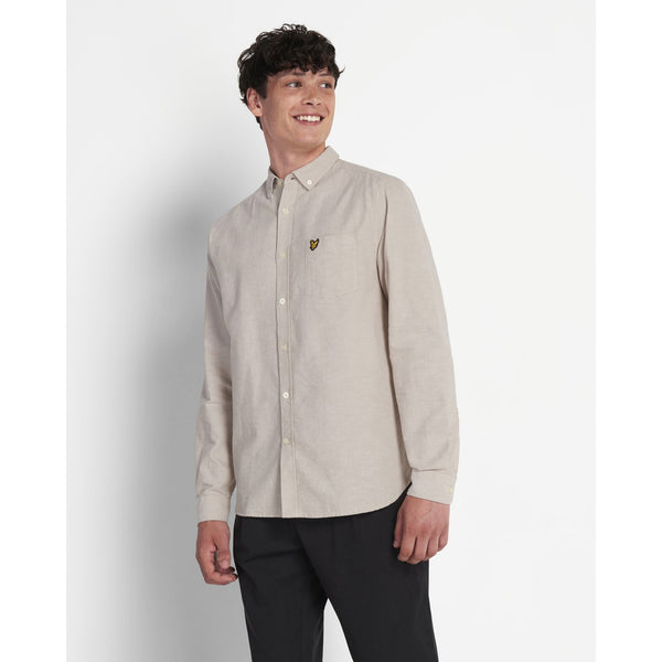 Lyle & Scott - Skjorta - Regular Fit Light Weight Oxford Shirt (W249 Sand) - Thernlunds