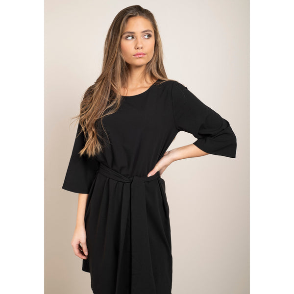 Dry Lake - Klänning - Katie Dress (001 Black) - Thernlunds