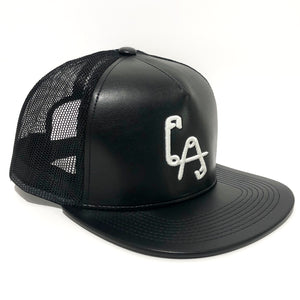 LA Safety Pins Snapback cap - LEATH'R + MESH / WHITE