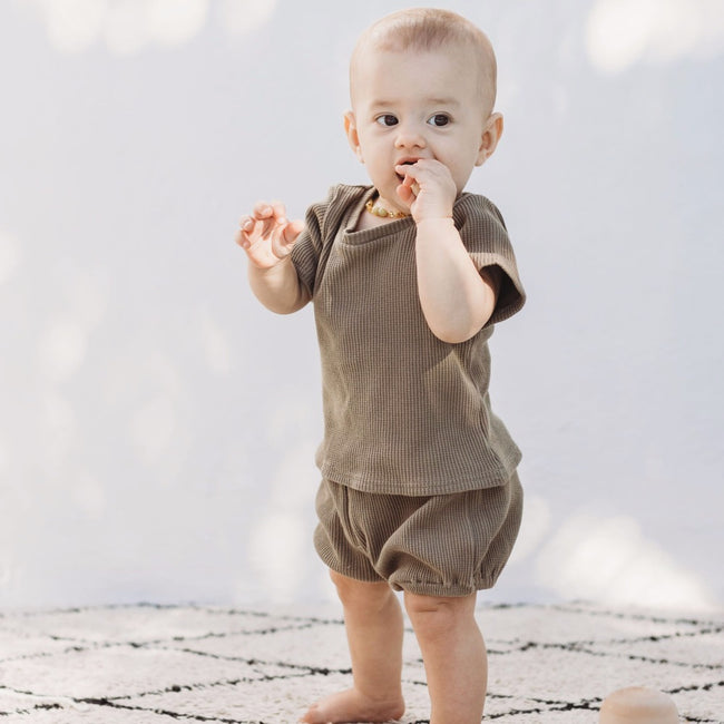 shirt-top-green-sleeves-boy-girl-newborn-unisex-baby-ribbed