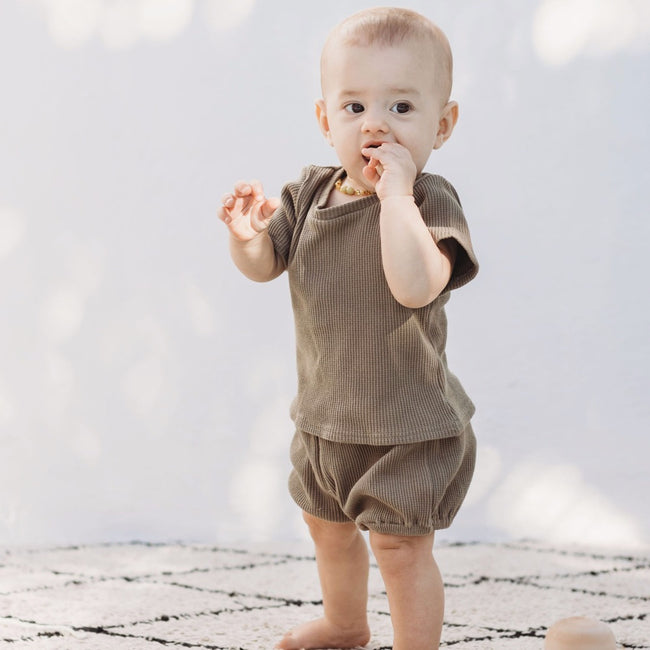 pant-shorts-top-green-sleeves-boy-girl-newborn-unisex-baby-ribbed