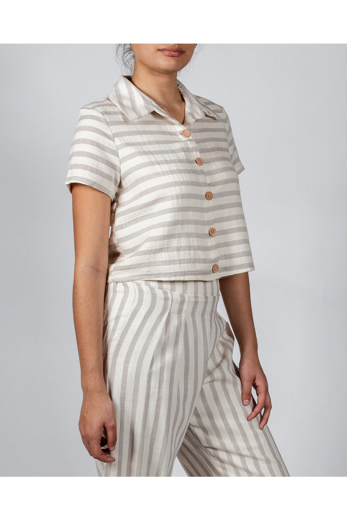Chic Summers Linen Box Crop Button Down
