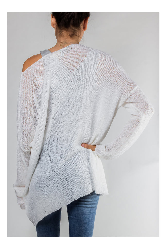 Free As a Bird Knit Sweater in White or Black