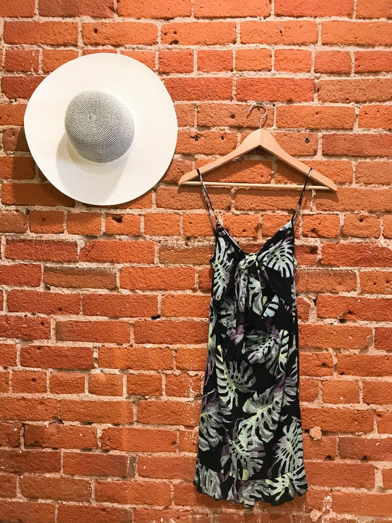 In The Tropics Linen Twist Front Sun Dress