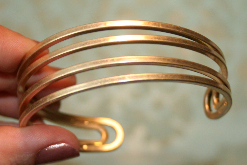 Matte Gold Minimal Sculpture Cuff