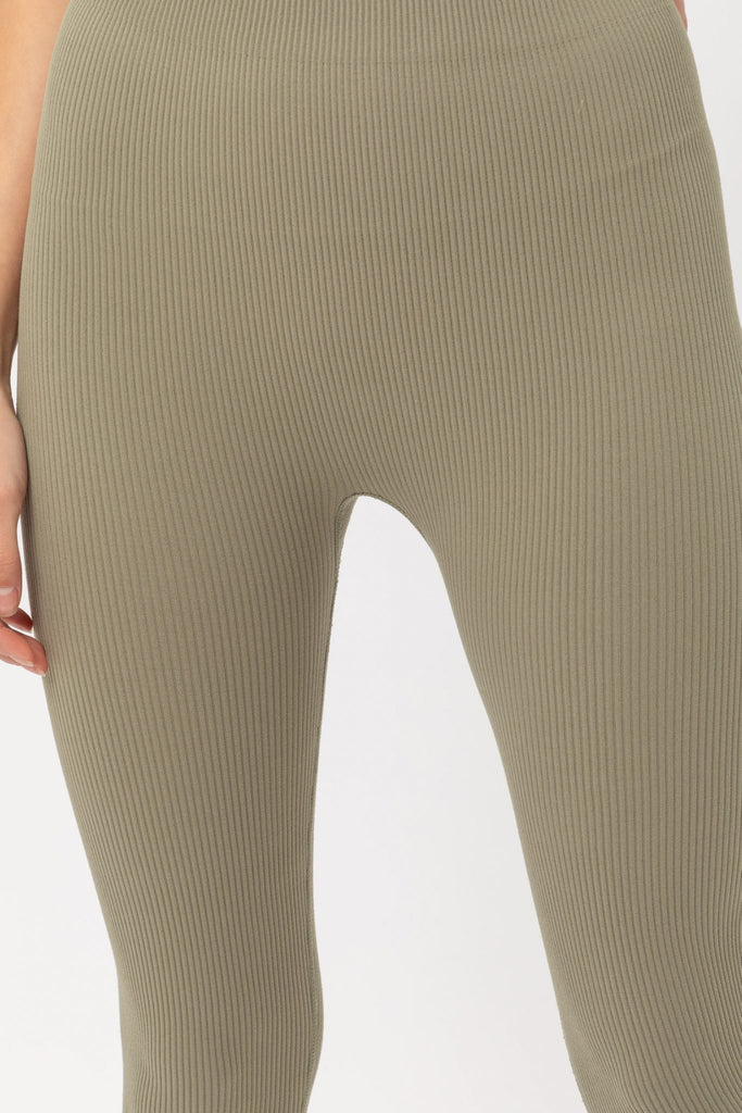 In Motion Ribbed Legging In Olive