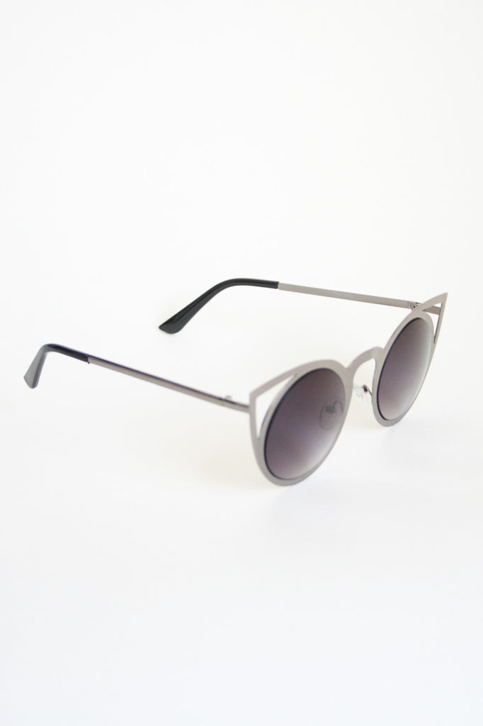 Metal Cat-Eye Sunglasses: Silver/Smoke