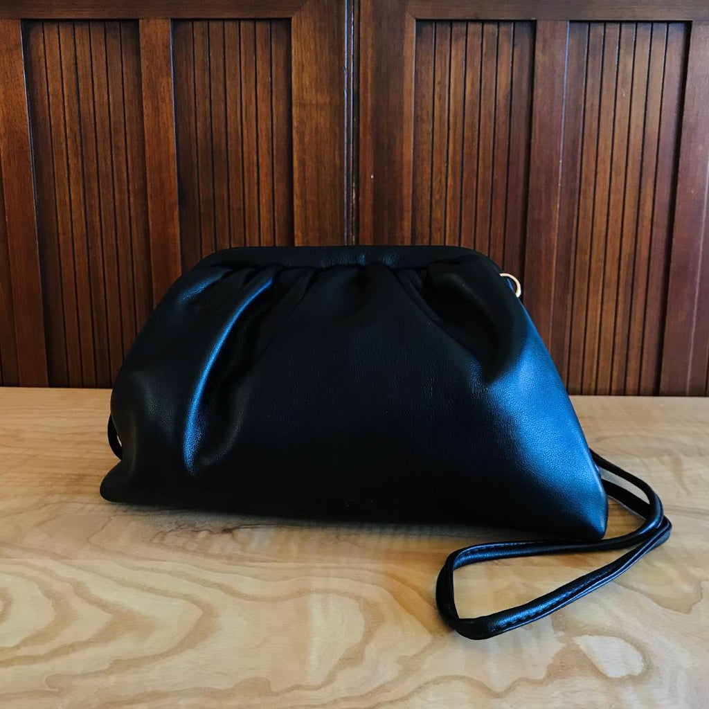 Street Snap Slouchy Chic Shoulder Bag In Black