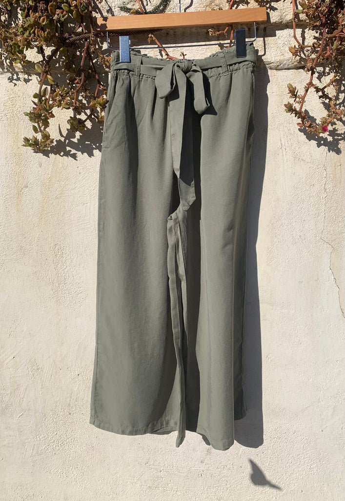 High Waisted Wide Leg Breezy Pant In Olive