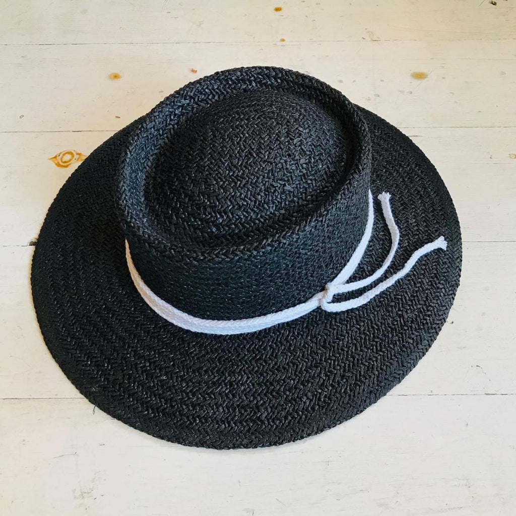 In The Know Black Straw Hat