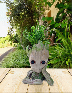 Baby Groot Planter (4x5 inches)